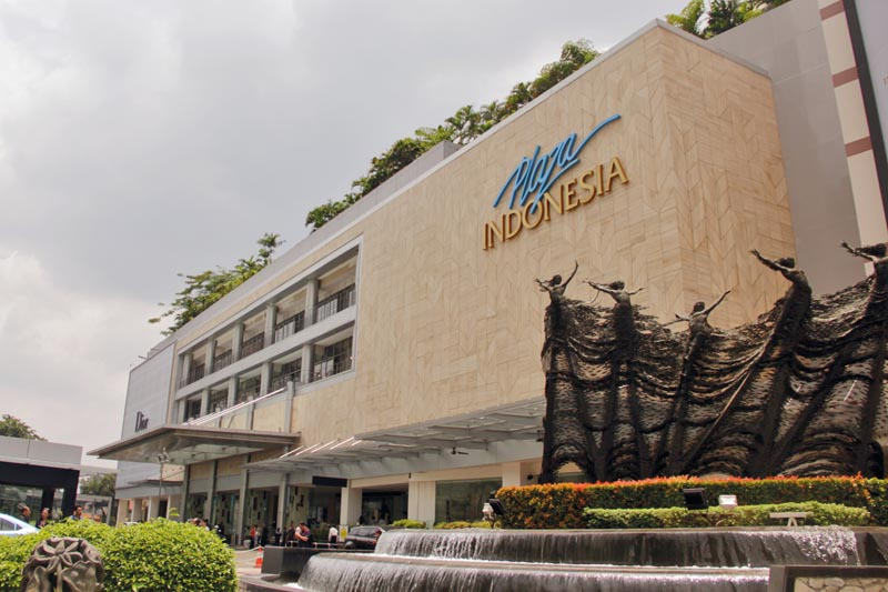 5b144332eb6 More than a shopping centre, Plaza Indonesia offers a luxurious lifestyle  destination.
